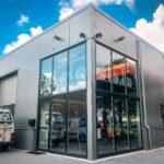 Bedrijfshal met showroom te Arnhem